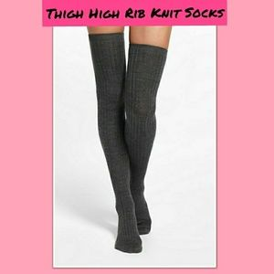 🖤Thigh-High Rib Knit Grey Socks new in Package